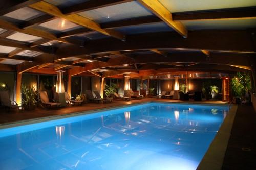 location noel fêtes de fin d année Sarlat Dordogne avec piscine chauffée spa