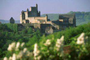 château de la vallée Dordogne : château de Beynac